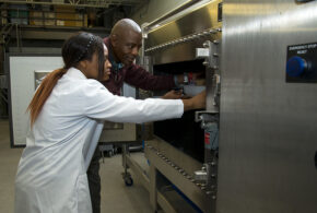 UArk research shows promise for microwave rice drying systems